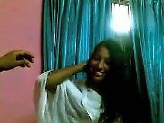 Indian Girl Having Sex With Her Boyfriend Drtuber