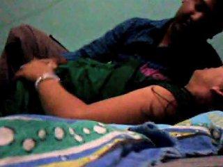 Shy Mumbai Girl Porn Videos